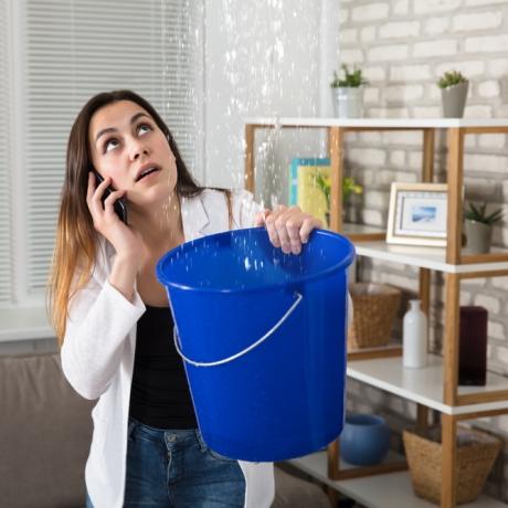возмещение ущерба в результате залива квартиры