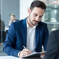 ФПА РФ: адвокатскому удостоверению необходимо придать статус документа, удостоверяющего личность