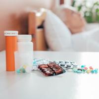 Что нужно взять на заметку больнице при использовании лекарств, приобретенных пациентом