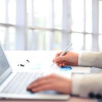 В Закон № 44-ФЗ включены положения, определяющие порядок закупки товаров у единственного контрагента на электронной площадке