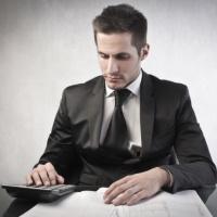 С учетом закупок операторов по обращению с ТКО актуализированы некоторые нормативные акты в сфере закупок по Закону № 223-ФЗ