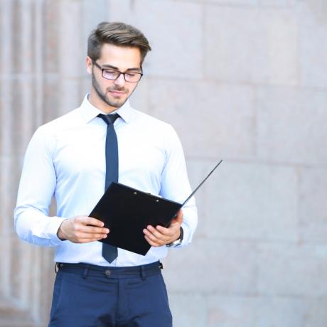 Услуги правового и технического характера не являются неотъемлемой частью нотариального действия по заверению копий документов