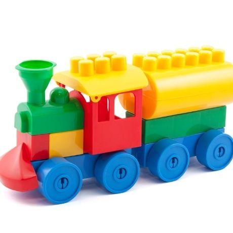 Установлен льготный проезд для семей с детьми, путешествующих поездами дальнего следования