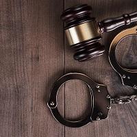 За незаконные действия коллекторов по возврату долгов введут уголовную ответственность