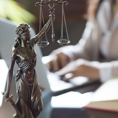 Повышение оплаты труда адвокатов по назначению в 2018 году
