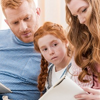 Стандартный вычет по НДФЛ могут получить оба супруга, даже если на ребенка от первого брака уплачиваются алименты