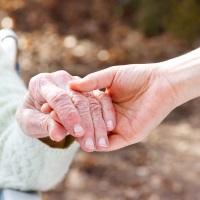 В России может появиться обязательное социальное страхование на случай нуждаемости в постороннем постоянном уходе