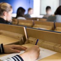 Участники досрочного периода ЕГЭ и ГВЭ-11 будут сдавать экзамены в основной период