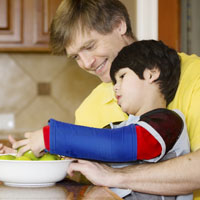 Определен порядок предоставления родителям детей-инвалидов дополнительных оплачиваемых выходных дней