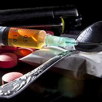 Должностных лиц предложили пожизненно сажать за покровительство наркоторговцам