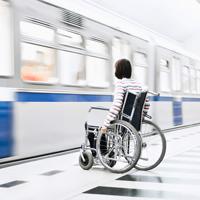 Госдума приняла закон о повышении доступности услуг и объектов для инвалидов