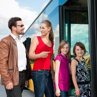 Общественники будут отстаивать право обоих многодетных родителей на  льготный проезд в общественном транспорте