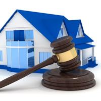 Сносить самовольные постройки могут разрешить только на основании решения суда