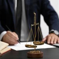 ВС РФ: Адвокату не нужно объяснять необходимость получения запрашиваемых сведений