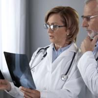 """Травмпункт-стационар-поликлиника: случай лечения нельзя """"разбивать"""" на два отдельных"""