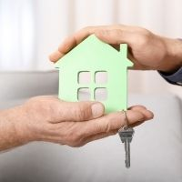 Минфин России разъяснил особенности уплаты НДФЛ при продаже недвижимости