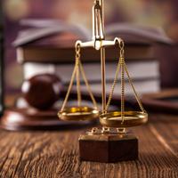 Правительство РФ предлагает увеличить зарплаты судьям