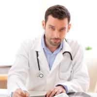 Медиков обяжут сообщать в полицию о поступлении безымянных пациентов