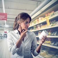 В Госдуму внесен второй законопроект об ограничении числа импортных продуктов в торговых сетях