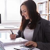 Новый лизингополучатель, получивший от взаимозависимого лица транспорт, может применить льготу по налогу на имущество