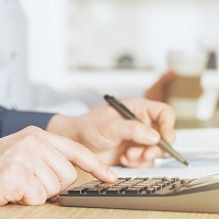 Плательщик страховых взносов не обязан исправлять ошибку в ОКТМО и подавать уточненный расчет
