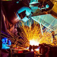 У работодателей может появиться обязанность извещать работника о предстоящей спецоценке условий труда