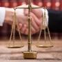 КС РФ: в рамках процессуального правопреемства не исключается возможность замены стороны на приобретателя имущества, связанного с предметом иска