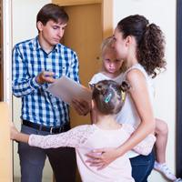 Штраф за неисполнение обязанности по содержанию и воспитанию несовершеннолетних могут повысить