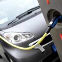 Расходы на подзарядку электромобилей не нормируются