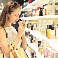 Станет обязательной маркировка парфюмерной продукции и фототоваров