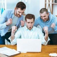 Пониженные тарифы страховых взносов для IT-компаний закрепят в законодательстве об ОПС