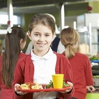 Оценить качество горячего питания для младших школьников можно на портале госуслуг