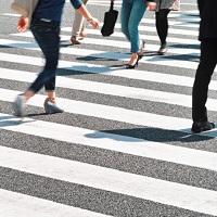 Максимальный штраф для водителей, не уступающих дорогу пешеходам, увеличился до 2,5 тыс. руб.