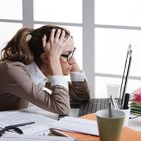 Работодатель вправе сам отменить незаконное дисциплинарное взыскание