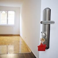 Нельзя получить имущественный вычет, если он уже был предоставлен супругу при покупке квартиры до 2013 года