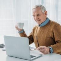 Работающим пенсионерам перестанут выдавать карантинный больничный