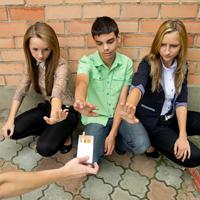 Член Общественной палаты РФ предложил увольнять руководство школ за невыполнение требований о запрете курения