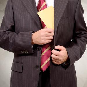 Антикоррупционный комплаенс: как избежать обвинения во взятке
