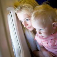 По возвращении из-за границы COVID-тест должны сдавать даже младенцы