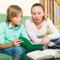 Родитель не может получить вычет по НДФЛ на обучение, если квитанция на оплату образовательных услуг оформлена на ребенка