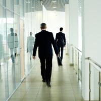 Минэкономразвития России уточнило свои планы по наделению ООО правом поручать ведение списка участников общества профессиональным регистраторам