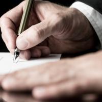Заполнение работником предоставленного работодателем бланка заявления об увольнении о понуждении к увольнению не свидетельствует