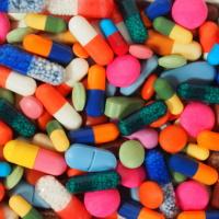 Обновлены правила госнадзора в сфере обращения лекарств
