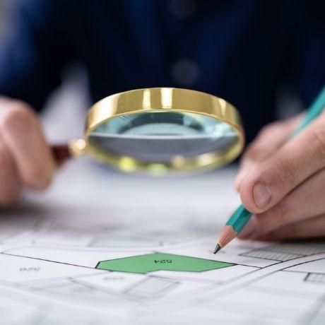 Изменение кадастровой стоимости не влечет за собой перерасчет налога на имущество физлиц