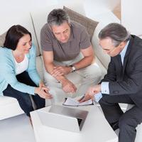 За навязывание страхователю дополнительных услуг при заключении договора обязательного страхования могут ввести штрафы для организаций и граждан