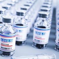 Регистрируем выбытие антиковидных вакцин во ФГИС МДЛП: рекомендации Минздрава России