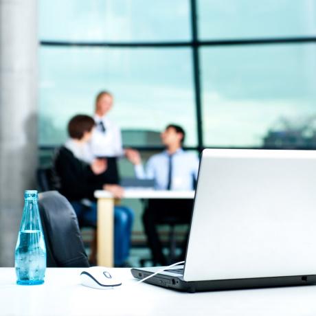 Требование об осуществлении части закупок у субъектов МСП планируется распространить на всех заказчиков по Закону  223-ФЗ