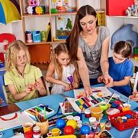 КС РФ: воспитателя детского сада нельзя уволить только из-за отсутствия профессионального образования