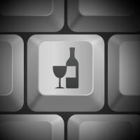Предлагается ввести ответственность за продажу алкоголя дистанционным способом