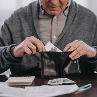 """Выплаты компенсаций гражданам по """"советским"""" вкладам в Сбербанке продлены на 2021 год"""